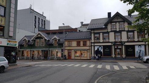 Tromso isi da silinta sa fie Parisul nordului.